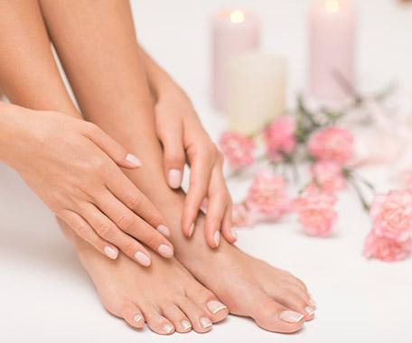 manucure et pose vernis pieds